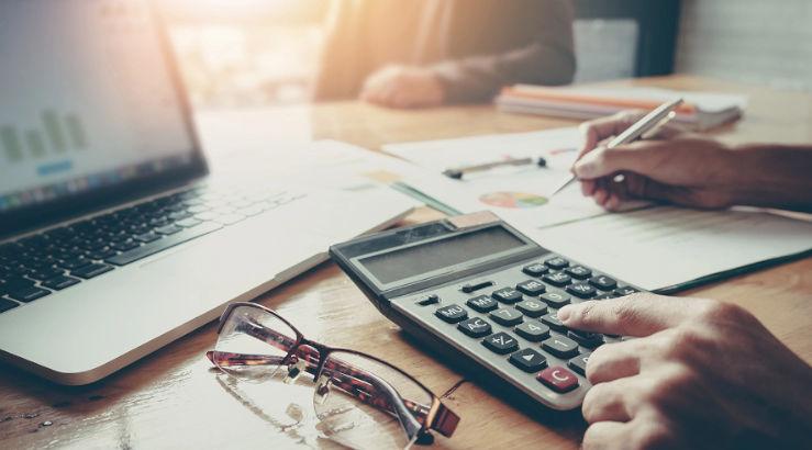 Cómo Desempeñarse En Una Economía Bimoneda Y Vivir Para Contarlo